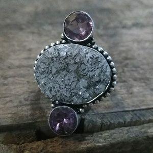 Jewelry - Beautiful boho gemstone ring